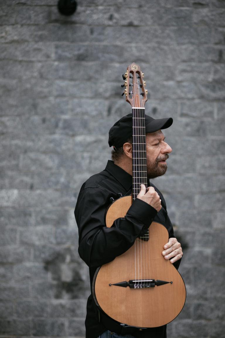 Joao Bosco por Flora Pimentel - 3